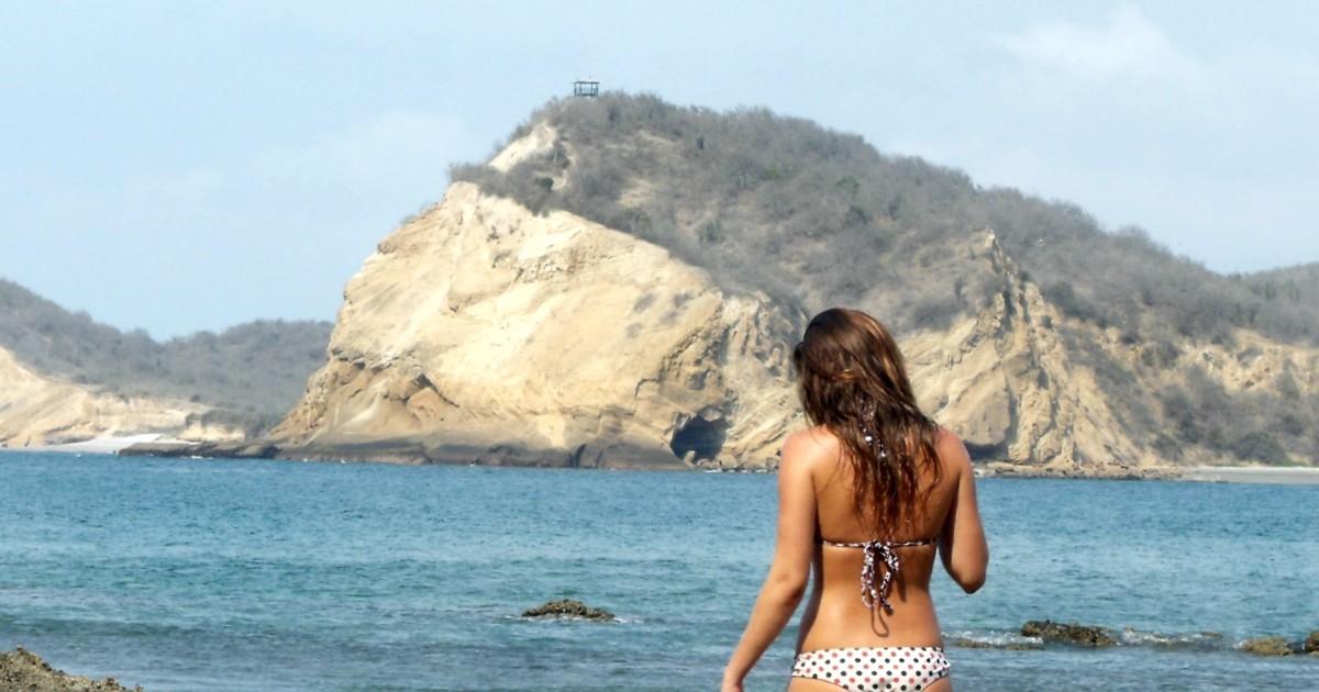 playa los frailes ruta del spondylus ecuador