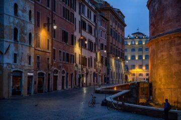 panteon de noche roma