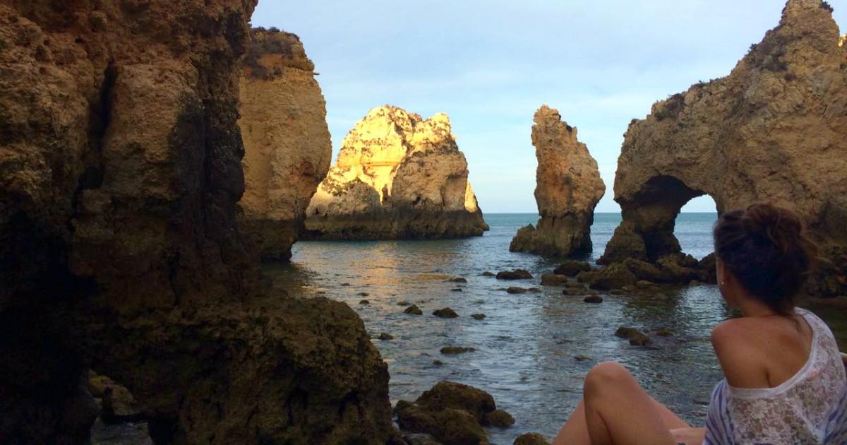 ponta da piedade lagos algarve portugal viajeradicta