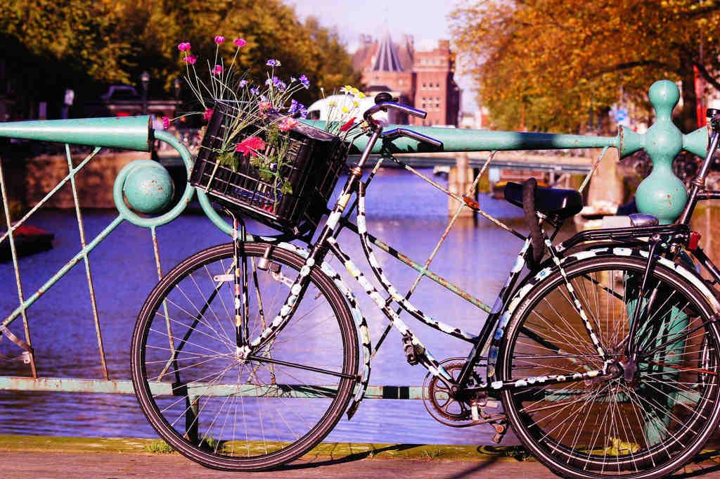 bicicleta canales de amsterdam