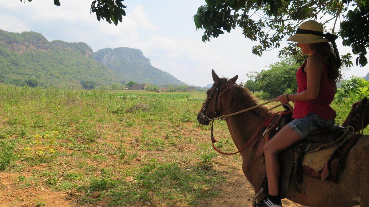 paseo a caballo en viñales