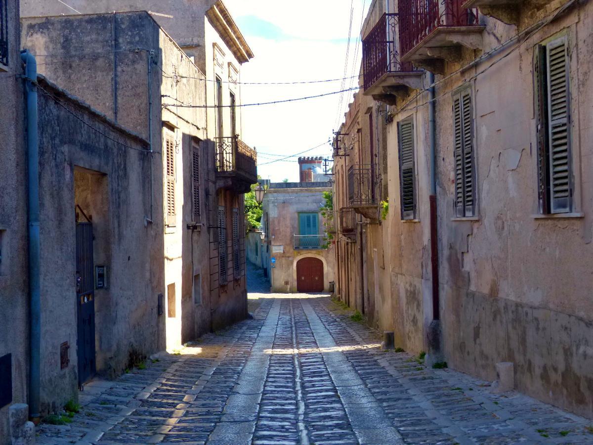 calles medievales de erice